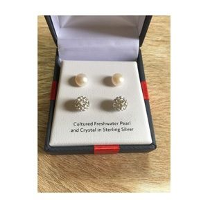 Jewelry - NWT earring bundle